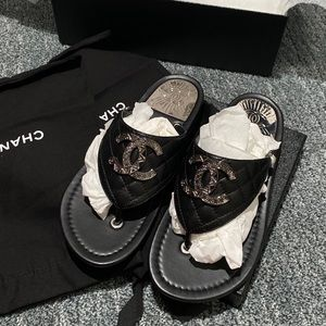 Chanel Thong Sandals 37 EU